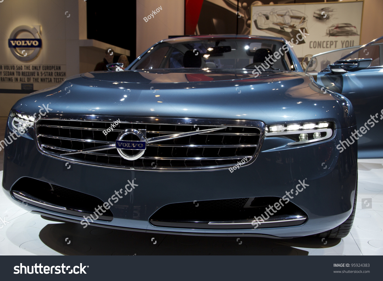 volvo awd show interior watch chicago exterior momentum walkaround youtube auto and