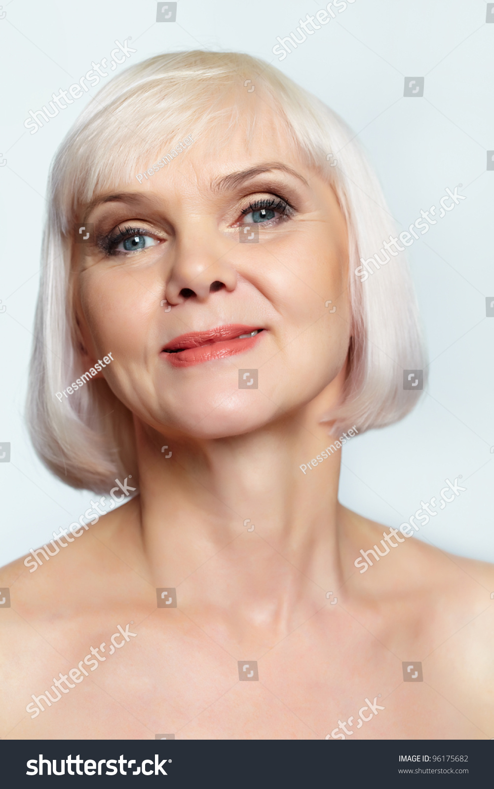 nude senior women