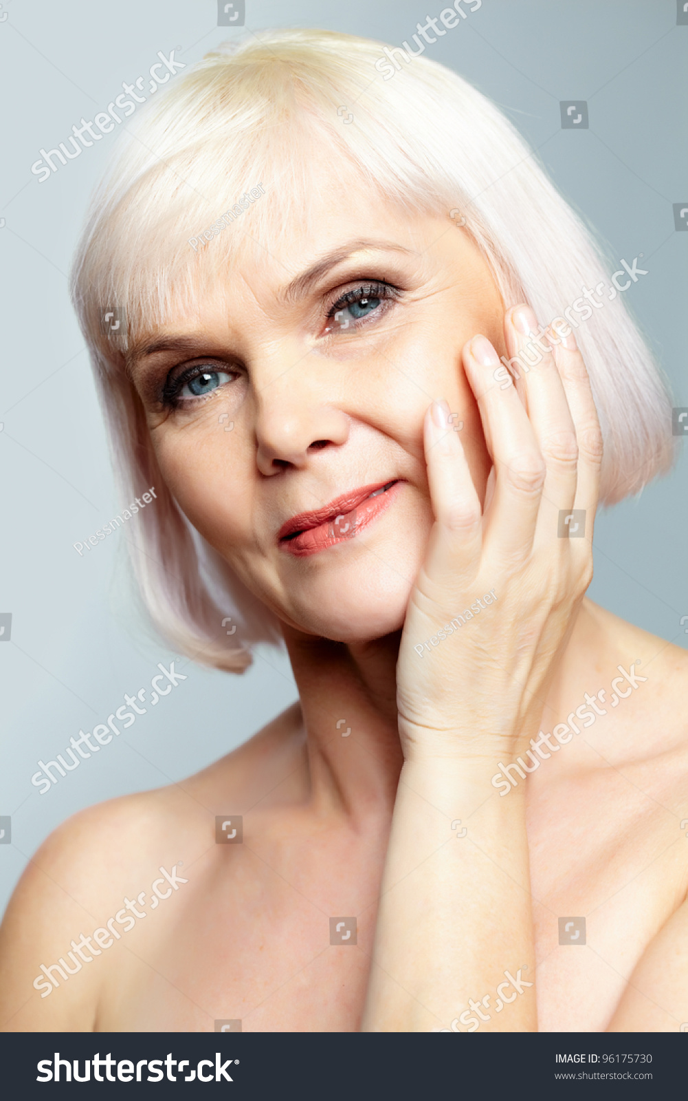 nude senior women
