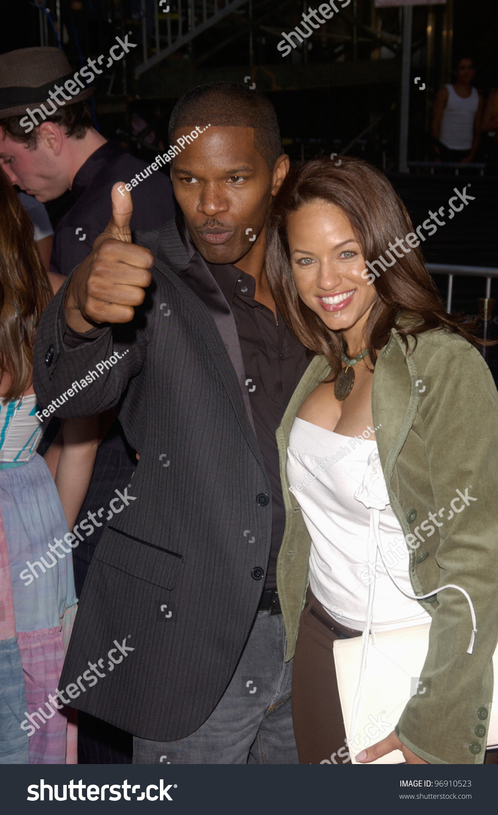 actor jamie foxx amp wife at the world premiere in los