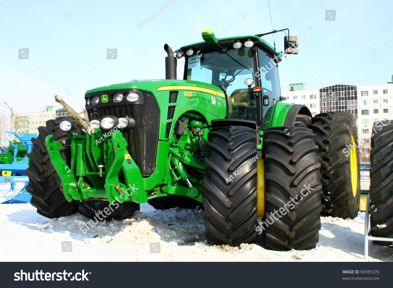Large 4 Wheel Drive Tractors : Ufa russia march large modern stock photo