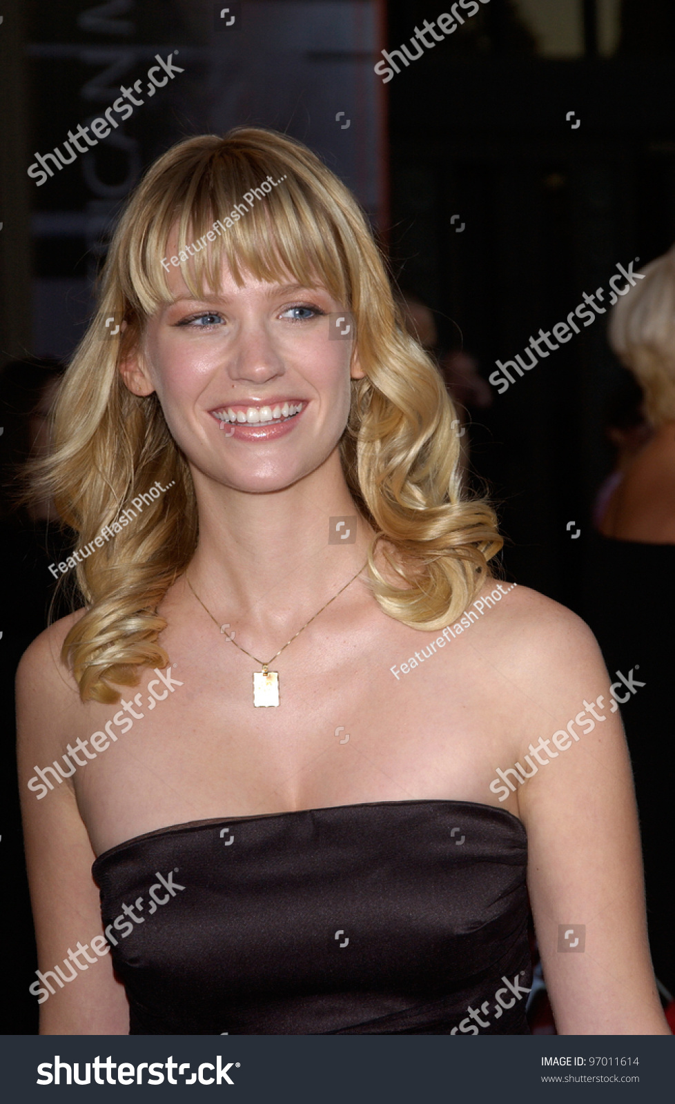20041114: Los Angeles, Ca: Actress January Jones At The ...