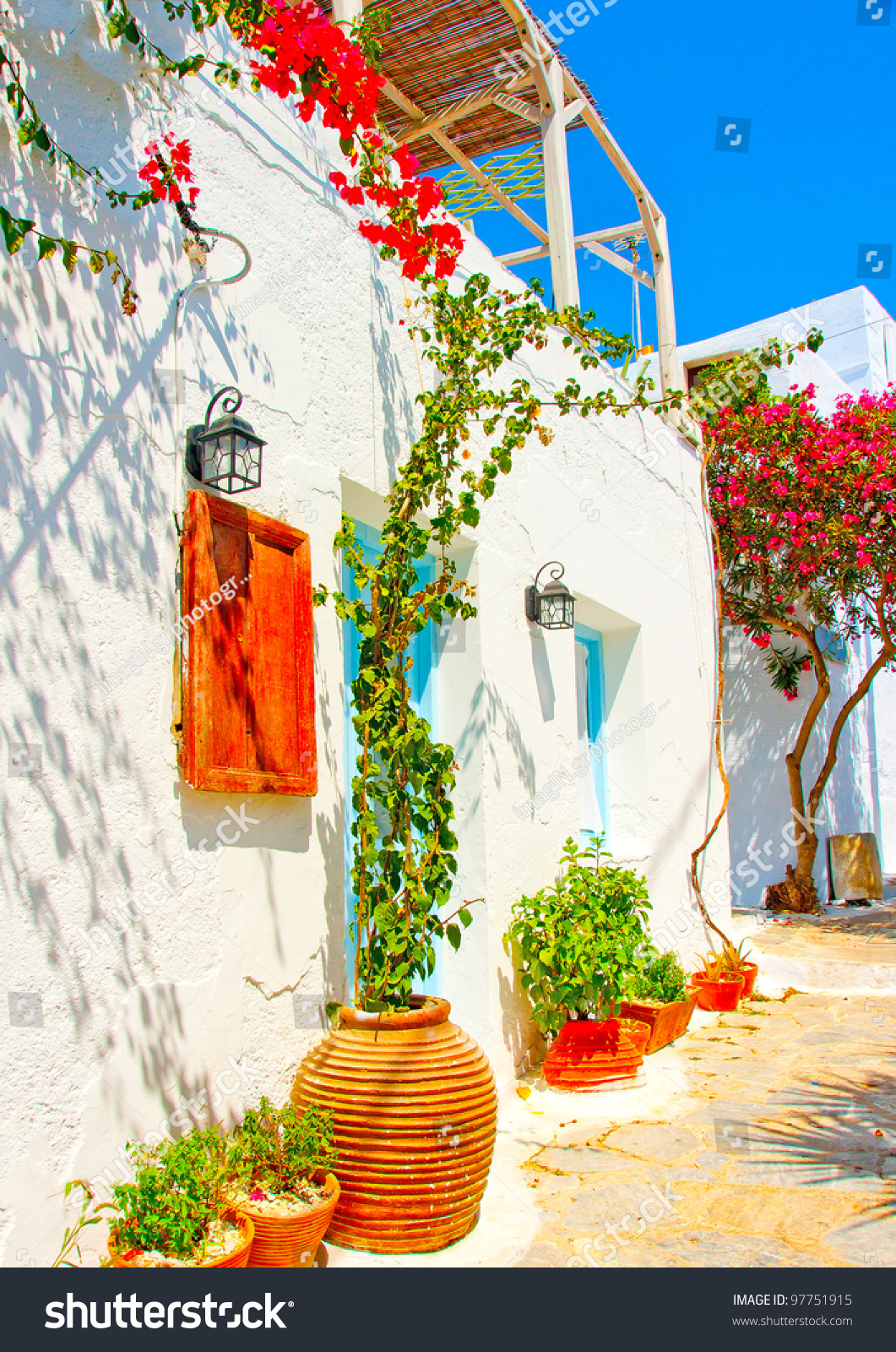 Old beautiful traditional house in chora the capital of amorgos island - Old Beautiful Traditional House In Chora The Capital Of Amorgos Island In Greece