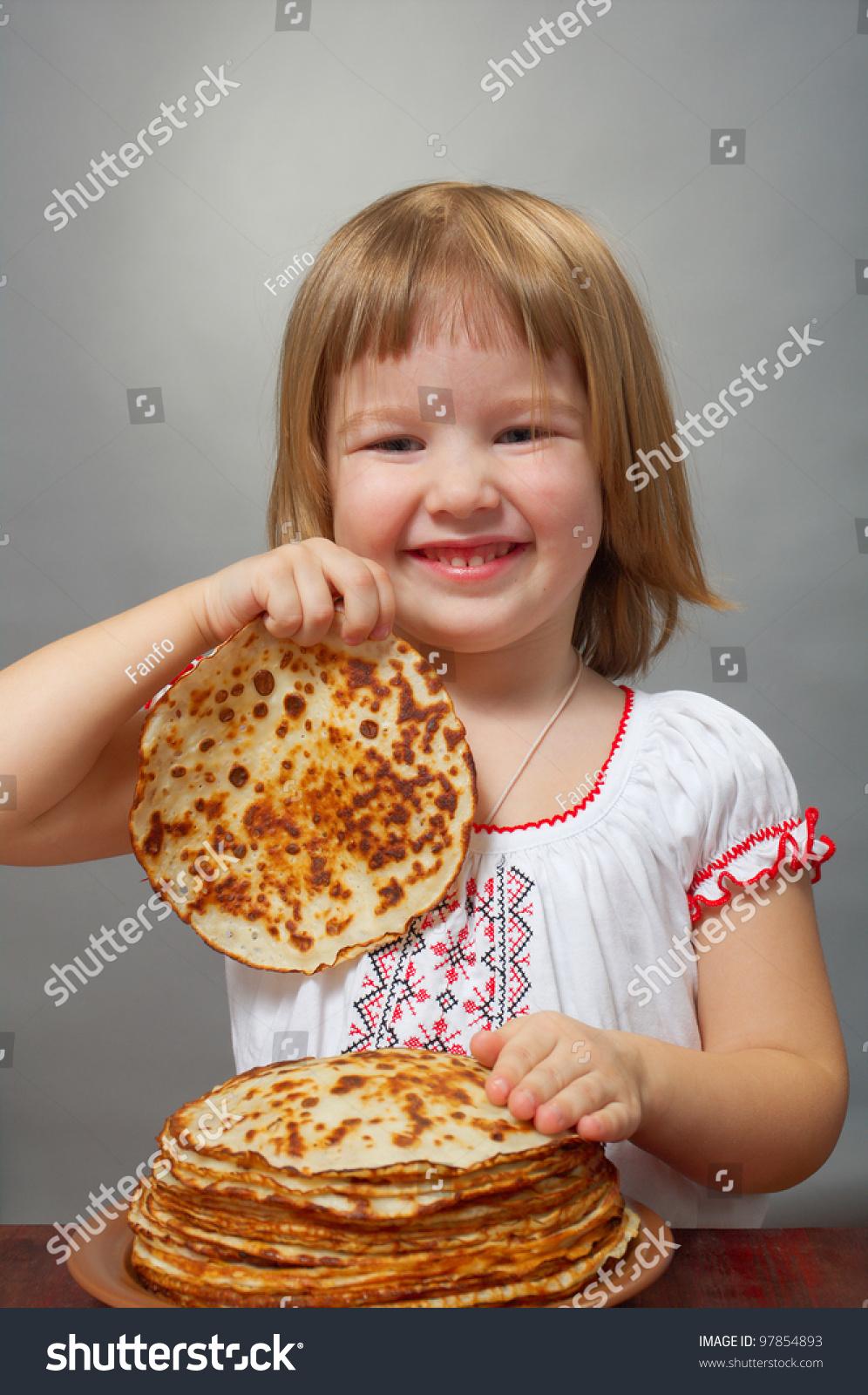 Девушка блинчик фото