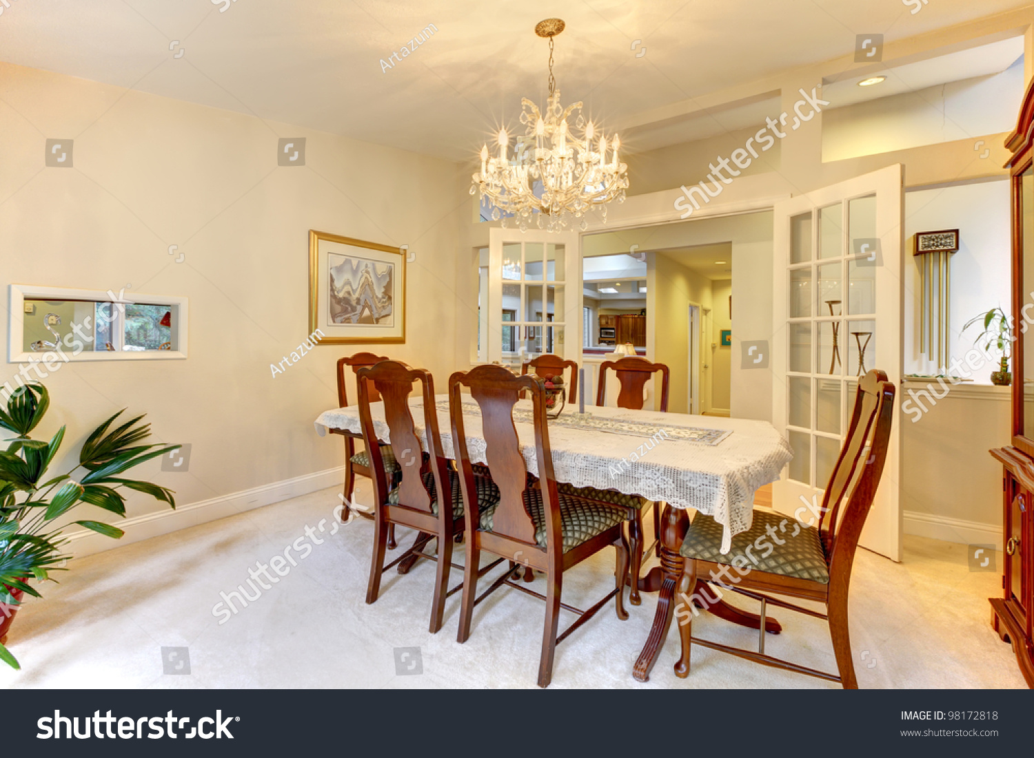 Classic American Dining Room Interior Open Photo 98172818 – French Doors Dining Room