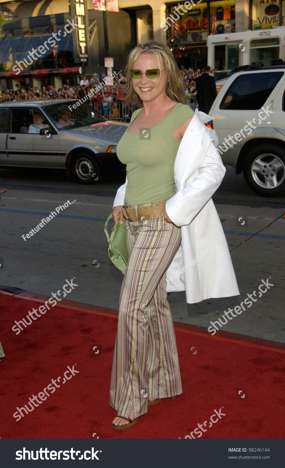 Vicki Lewis Hot pic Melissa Jaffer,Christopher Plummer