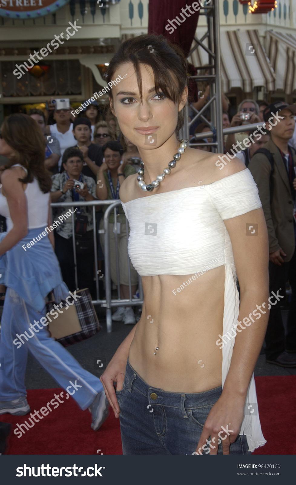 Jennifer Lopez Sexy nudes (87 photos), Feet Celebrites image