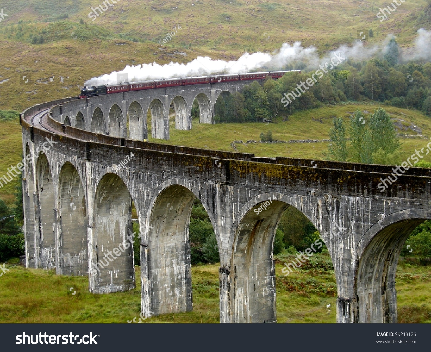 Glenfinnan United Kingdom  City new picture : Steam Train On Glenfinnan Viaduct. Scotland. United Kingdom. Photo ...