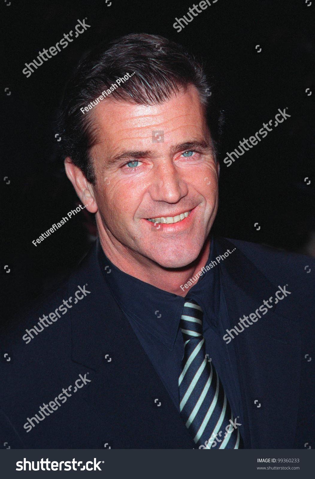 28jan99 actor mel gibson world premiere stock photo