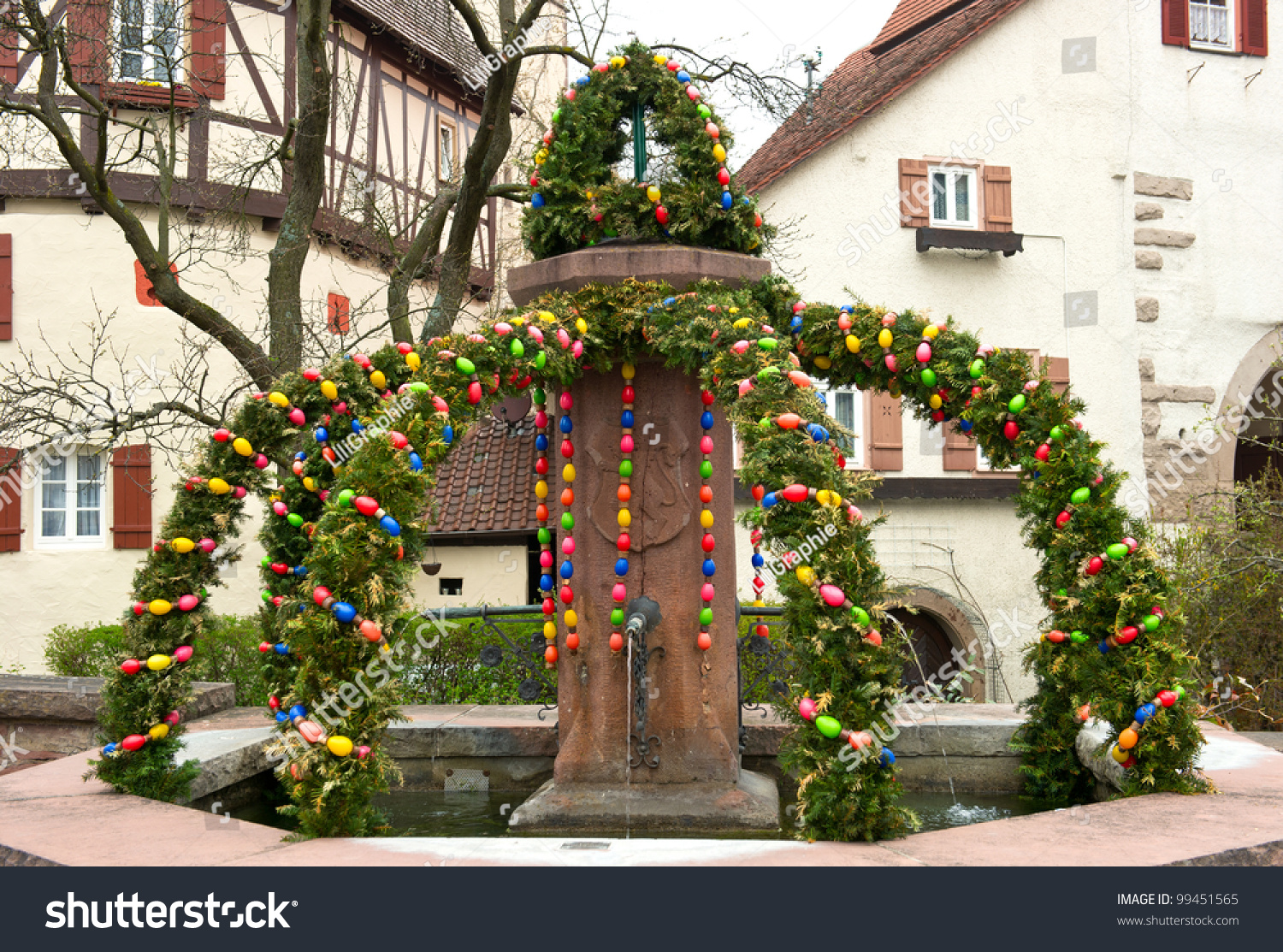 Easter decoration outdoor - Easter Fountain Traditional German Easter Eggs Outdoor Decoration Osterbrunnen