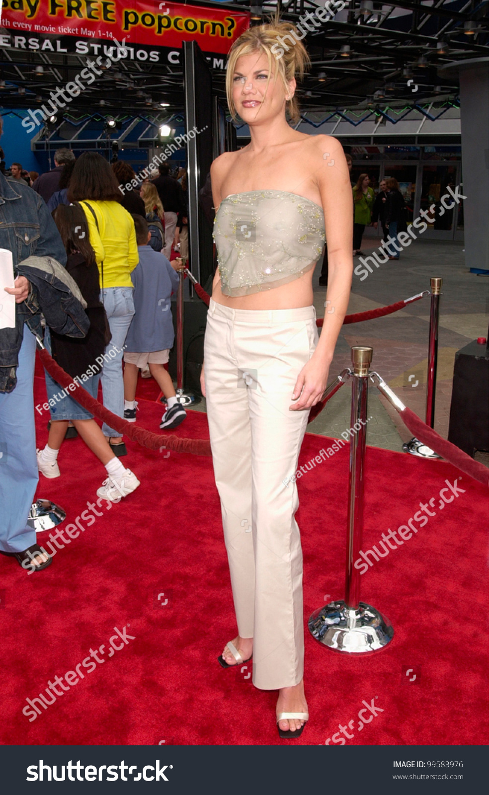 15apr2000 actress kristen johnston world premiere stock for A t the salon johnstone