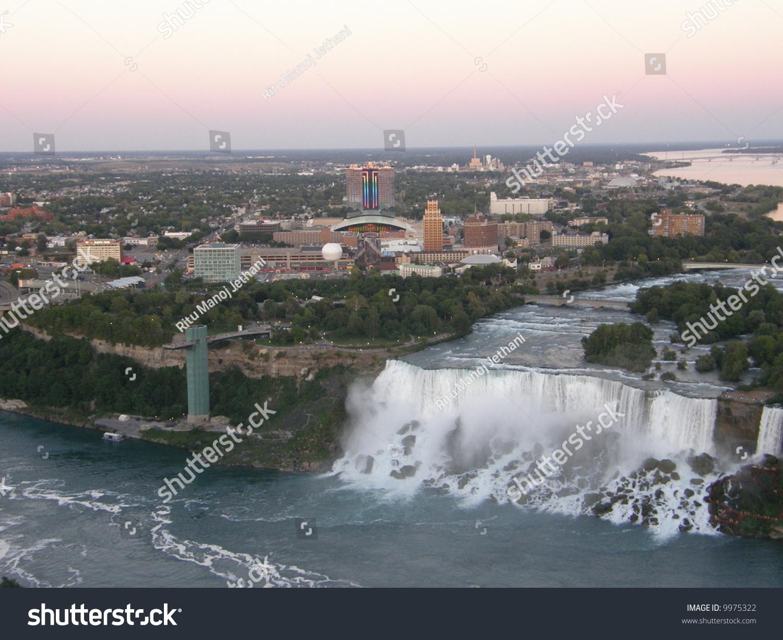 Niagara Falls At The Border Of Usa/Canada Stock Photo ...
