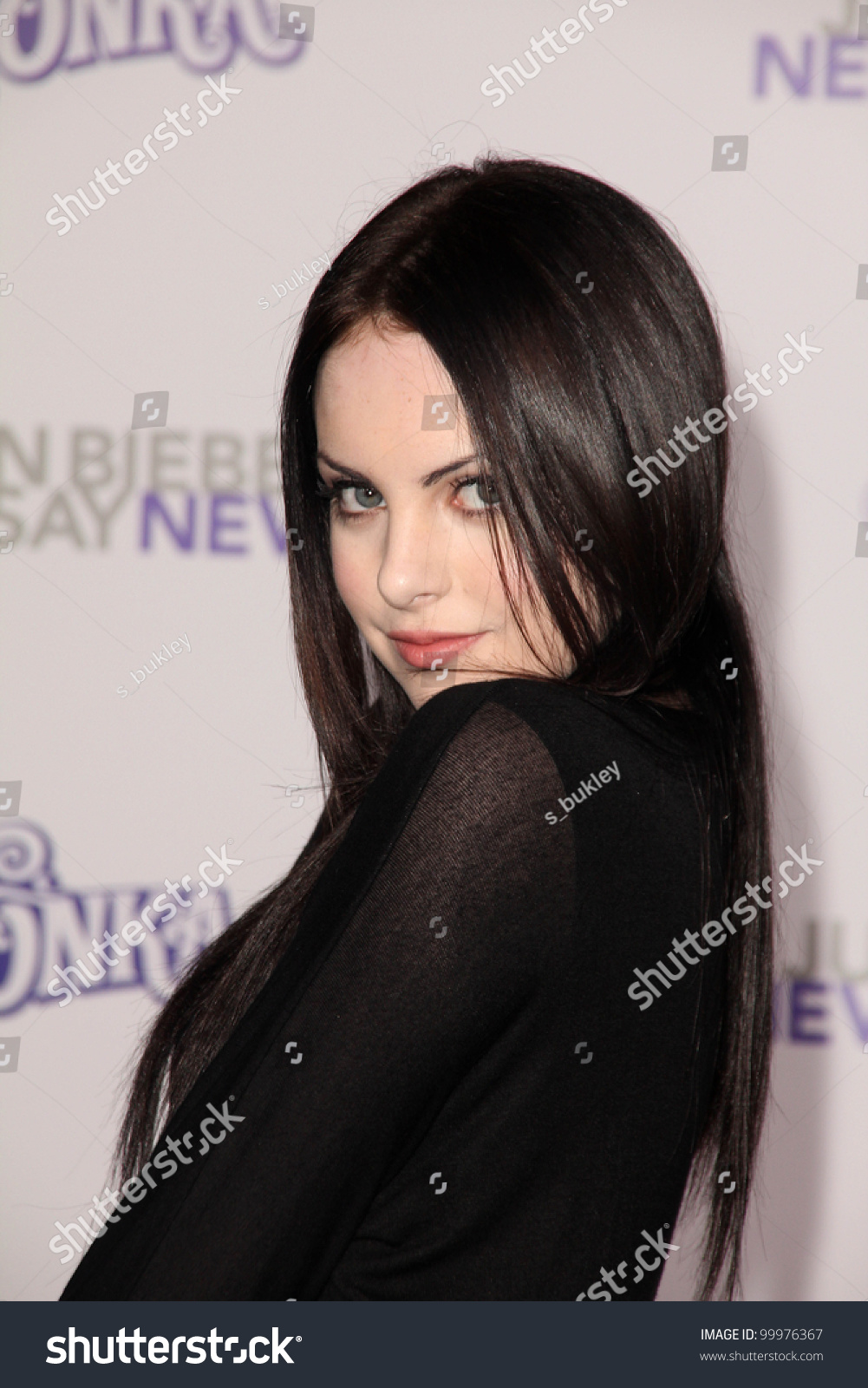 elizabeth gillies at the quotjustin bieber never say never
